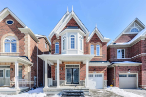 55 Hopewell St, Vaughan
