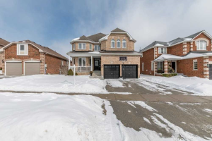 61 Kerfoot Cres, Georgina