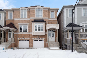 25 Kingsville Lane, Richmond Hill
