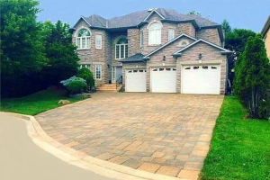 2 Wainwright Ave, Richmond Hill