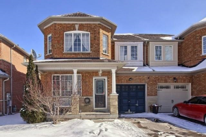 377 Flagstone Way, Newmarket