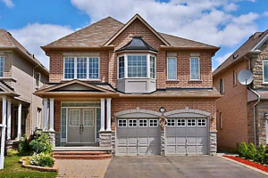 138 Farmstead Rd, Richmond Hill