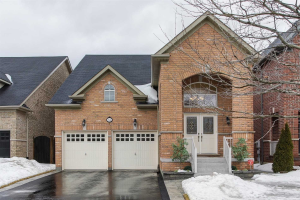 84 Maple Valley Rd, Vaughan