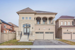 157 Headwind Blvd, Vaughan