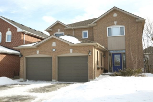394 Clearmeadow Blvd, Newmarket