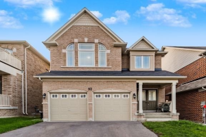 92 Old Field Cres, Newmarket
