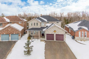 978 Booth Ave, Innisfil
