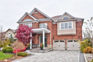 3 Crowling Crt, Richmond Hill