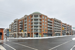 281 Woodbridge Ave, Vaughan