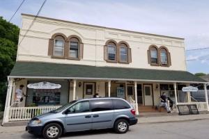 314 Main St, King
