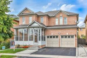 186 Dufferin Hill Dr, Vaughan