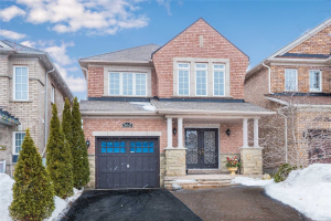 362 Ravineview Dr, Vaughan