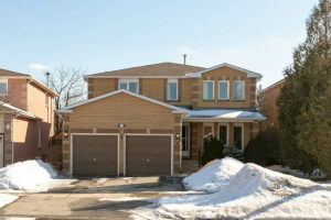 139 Bernard Ave, Richmond Hill