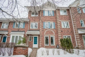 900 Steeles Ave W, Vaughan
