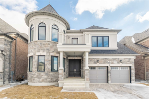 186 Ross Vennare Cres, Vaughan
