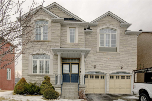 32 Valley Ridge Ave, Richmond Hill