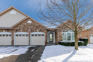 448 Morley Cook Cres, Newmarket