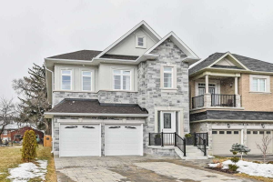 178 Townsgate Dr, Vaughan