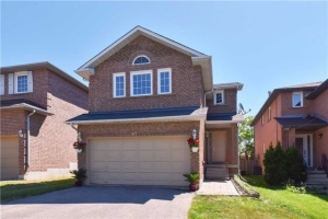 57 Berwick Cres, Richmond Hill