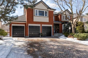 49 Green Ash Cres, Richmond Hill