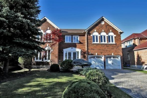 71 Hillhurst Dr, Richmond Hill