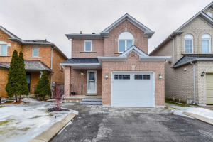 26 Whitefaulds Rd, Vaughan