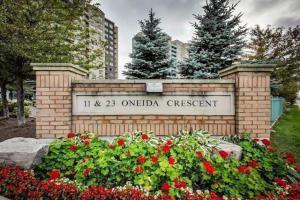 23 Oneida Cres, Richmond Hill