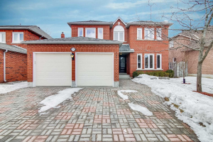 31 Brittany Cres, Markham