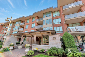 55 The Boardwalk Way, Markham
