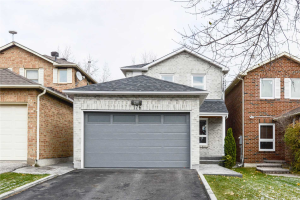 176 Don Head Village Blvd, Richmond Hill