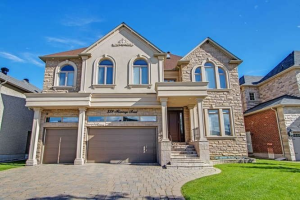 338 Flamingo Rd, Vaughan