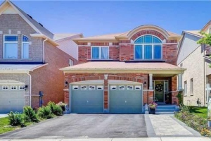 24 Old Field Cres, Newmarket