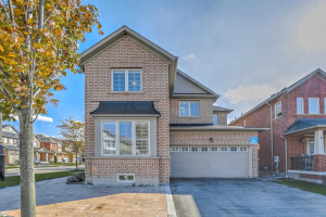 48 Overhold Cres, Richmond Hill