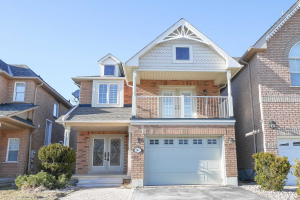 104 Antique Dr, Richmond Hill