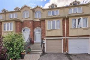 104 Benson Ave, Richmond Hill