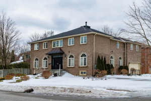 30 Campbell Ave, Vaughan