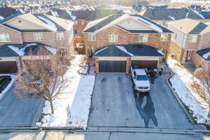 89 Noble Dr, Bradford West Gwillimbury