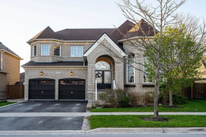103 Manley Ave, Whitchurch-Stouffville