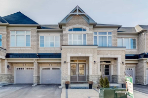 7 Vedette Way, Vaughan