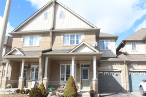 157 Dovetail Dr, Richmond Hill