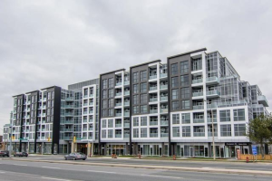 8763 Bayview Ave, Richmond Hill