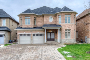 31 Thornhill Ravines Cres, Vaughan