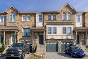 19 Foxchase Ave, Vaughan