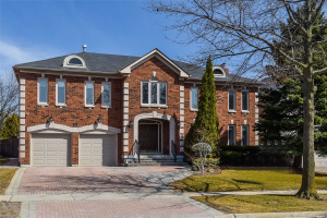 83 Glenarden Cres, Richmond Hill