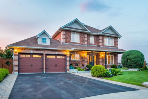 15 Brownscombe Cres, Uxbridge