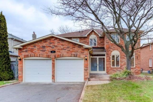 37 Stave Cres, Richmond Hill