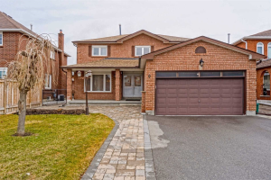 9 Claudia Ave, Vaughan