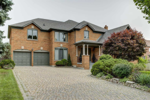 1 Elderwood Dr, Richmond Hill
