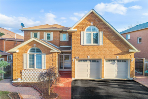 56 Savage Rd, Newmarket