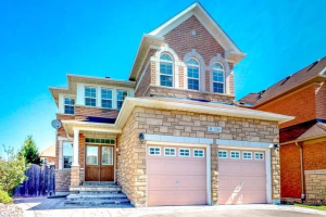 236 Humberland Dr, Richmond Hill